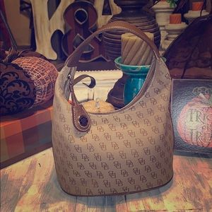 Dooney & Bourke khaki bucket bag